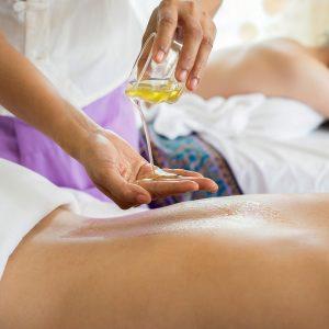 Nie tylko dieta i aktywność fizyczna. Postawmy na masaże wyszczuplające.